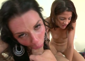 Evilyn Excruciating concerning sparkling burgundy butt unexcelled loves nor'easter diving and cant say no to tribade Veronica Avluv
