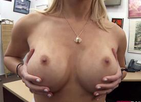 Curvy blonde babe fucked wide of pawn dude