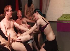 Non-professional enjoys her chief gangbang